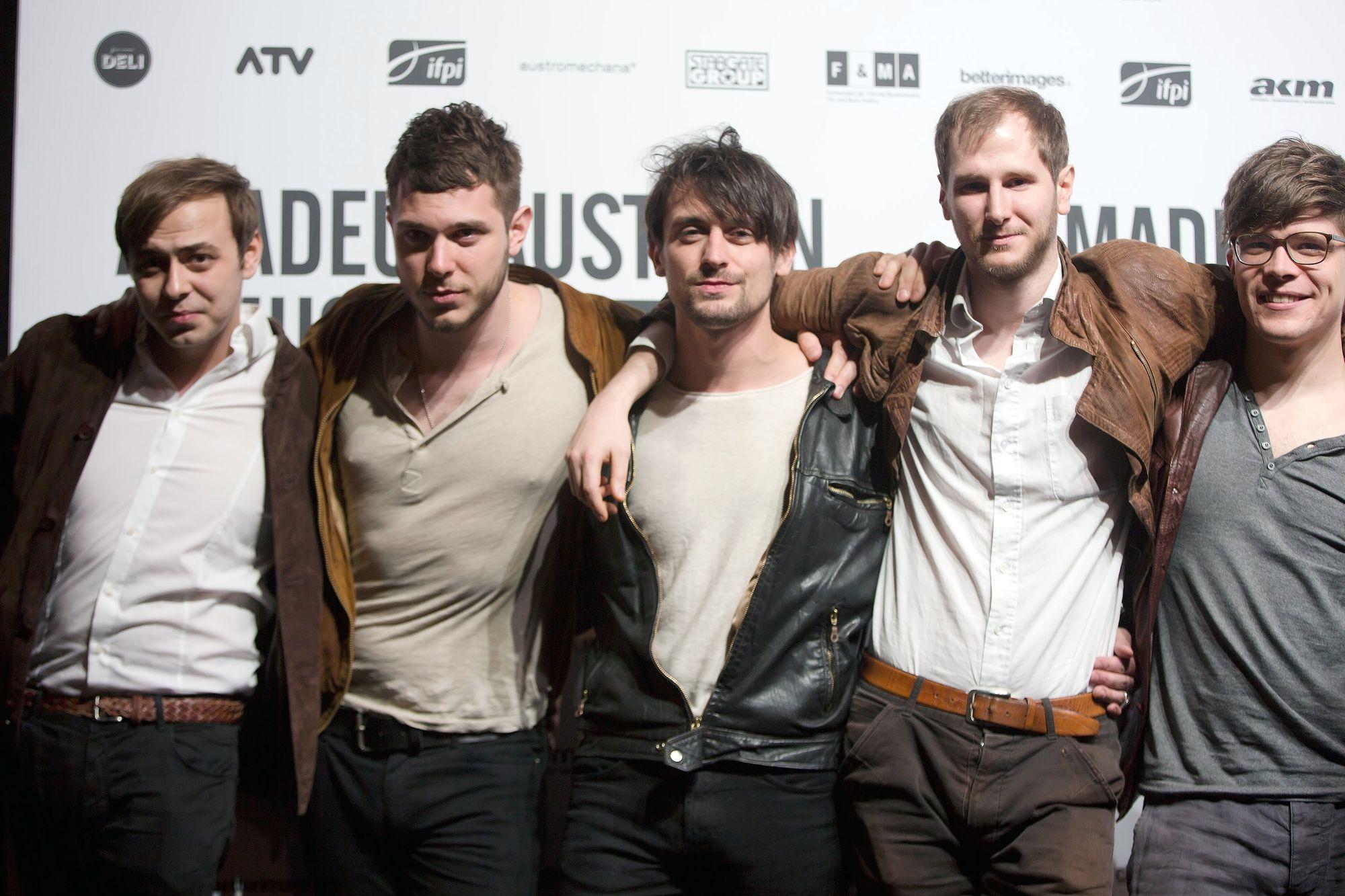 Wanda mit Sänger Marco Wanda (2. von rechts)   bei den Amadeus Austrian Music Awards 2015