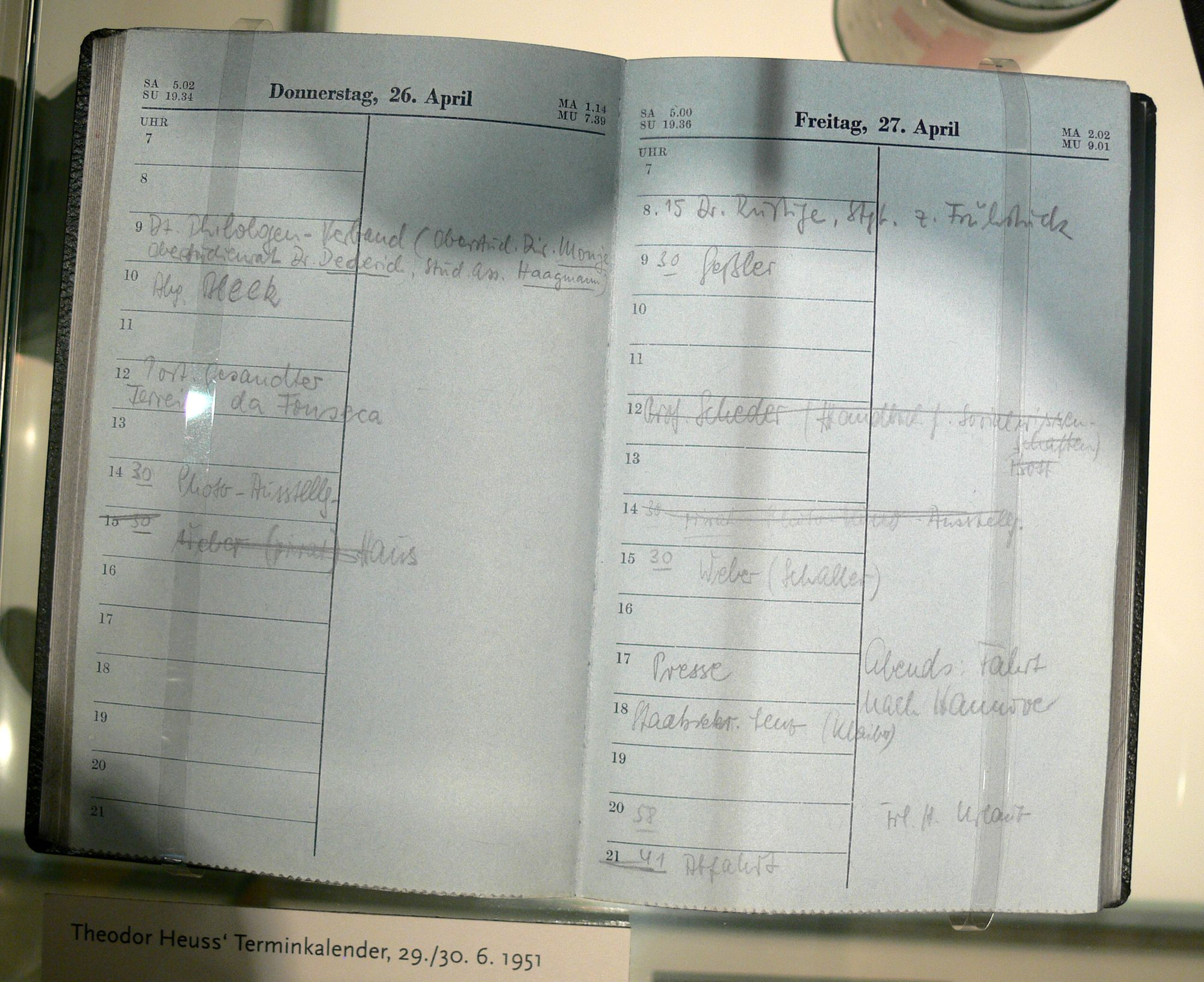der Terminkalender, Plural: die Terminkalender